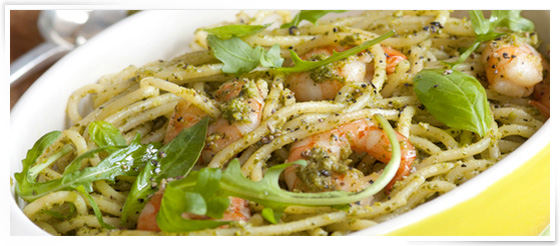 Konjac shirataki noodles with Dukan pesto and sautéed shrimp